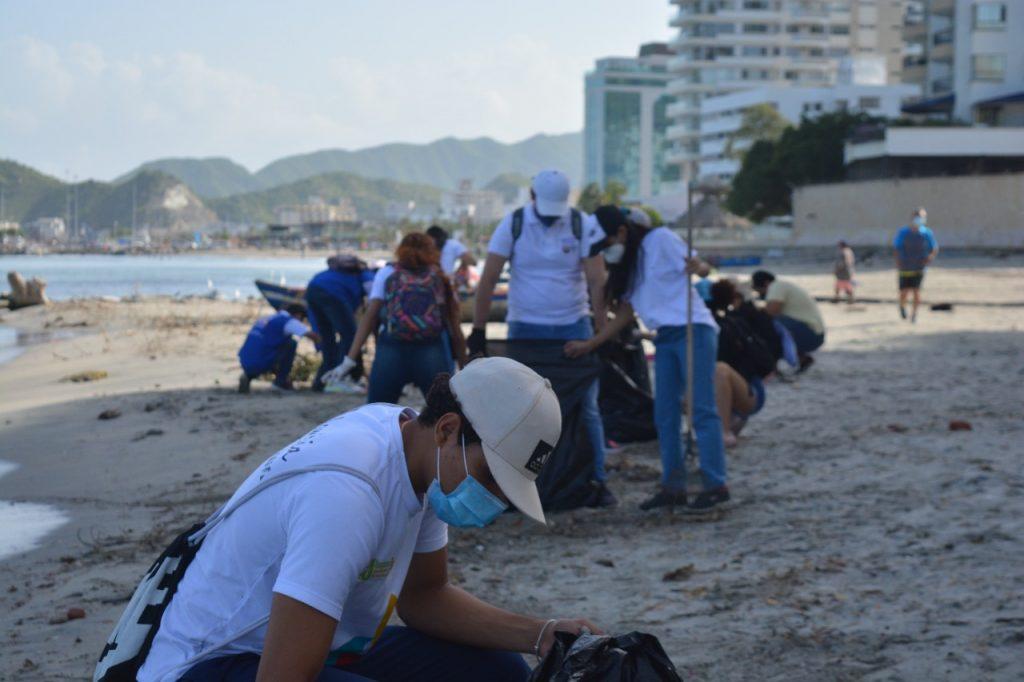 Estudiantes de Unimagdalena realizaron 'Playatón' en Los Cocos - Noticias de Colombia